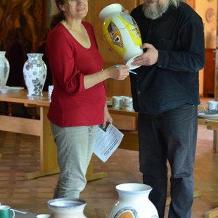 Latvijas Mākslinieku savienības prezidents Igors Dobičins un māksliniece Ženija Loginova