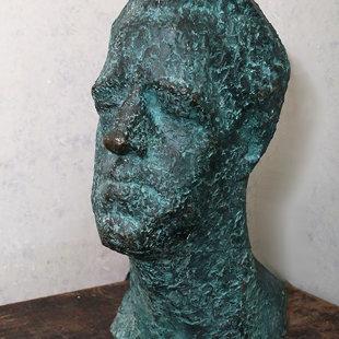 """Lea Davidova – Medene (1921-1986) """"Tēlnieka Ļeva Bukovska portrets"""", 1965. Bronza"""
